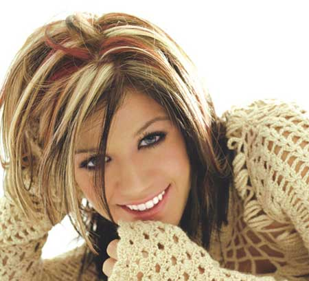 http://prvegas.files.wordpress.com/2009/11/kelly_clarkson.jpg